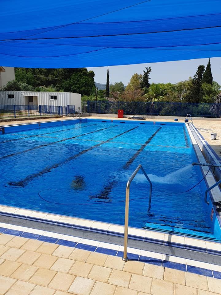שיפוץ בריכת השחיה